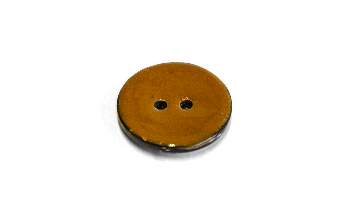 2 HOLE GLAZED COCONUT BUTTON BROWN