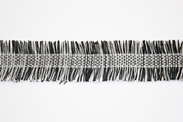 682.250001 black and white tassel ribbon 2,5 cm