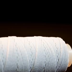 white elastic thread